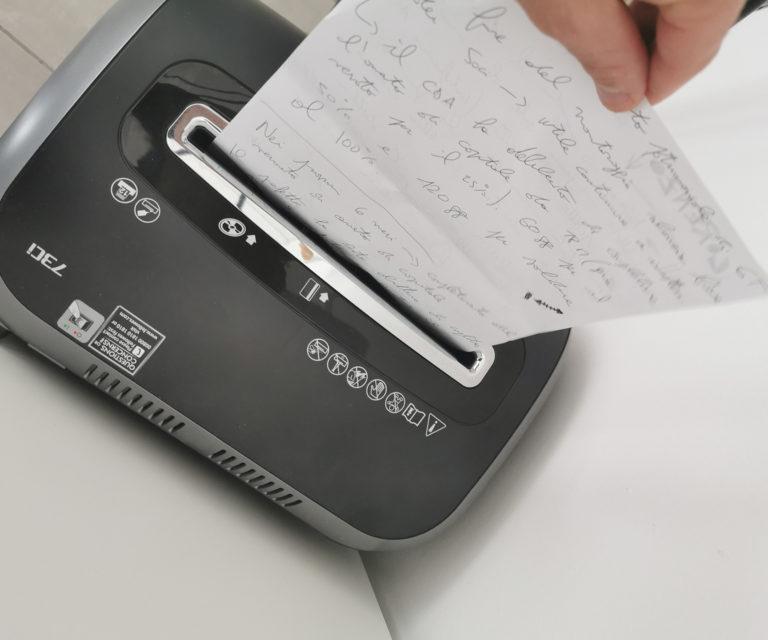 Distruzione documenti cartacei