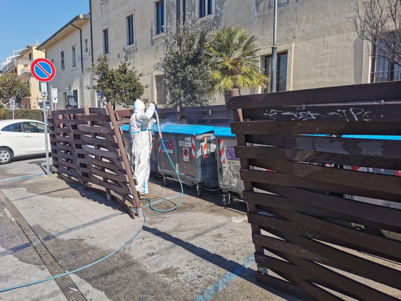 Le operazioni di sanificazione e igienizzazione a Castiglione della Pescaia