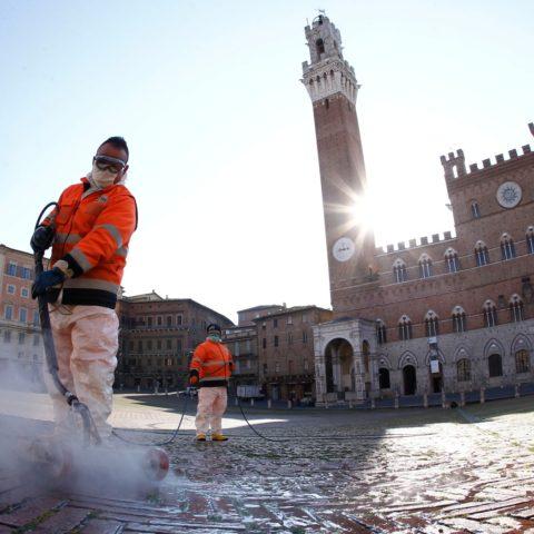 Sanificare scuole, grandi edifici, piazze, industrie per contrastare l'emergenza Covid